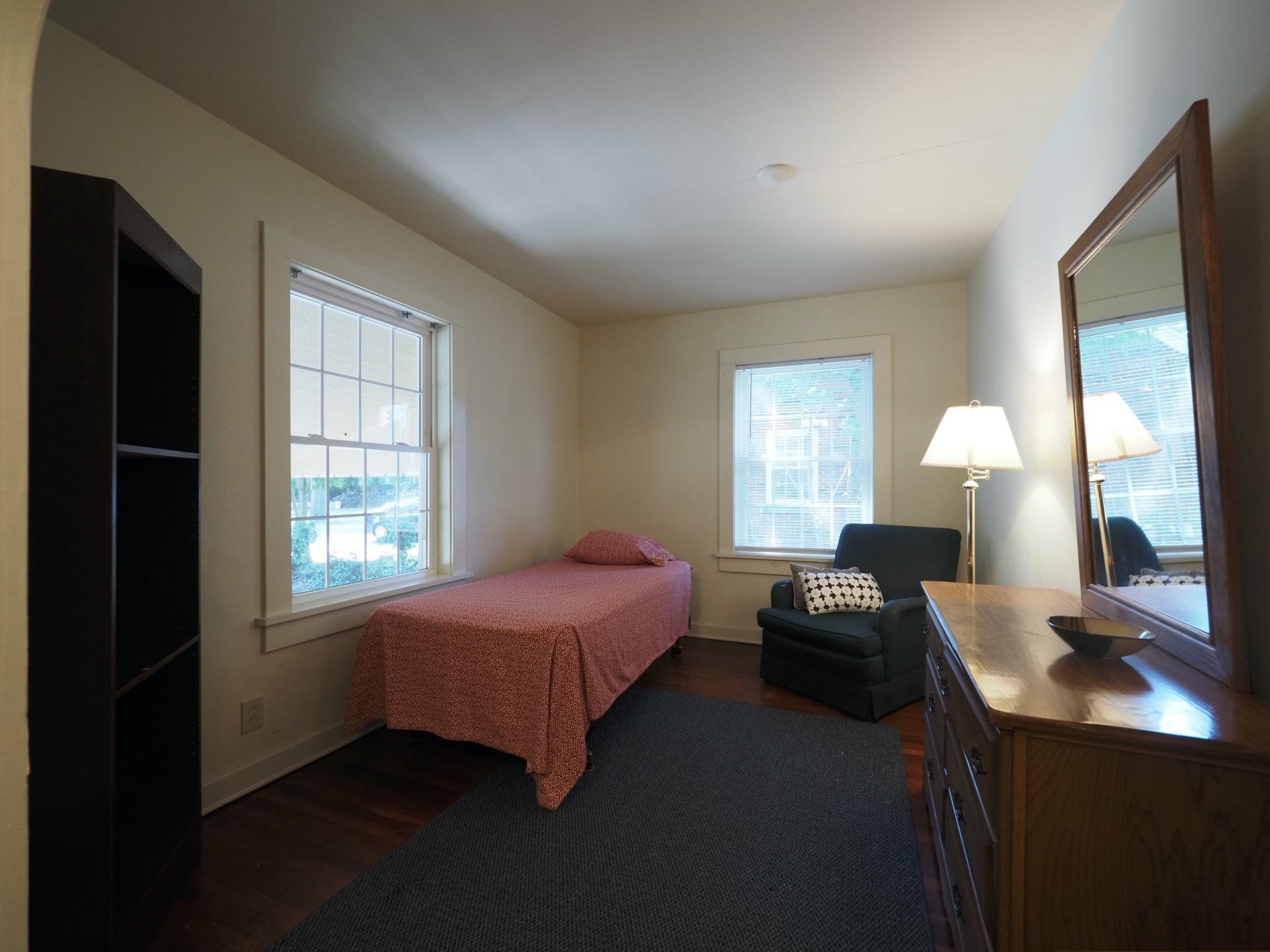 333 Room 12-2