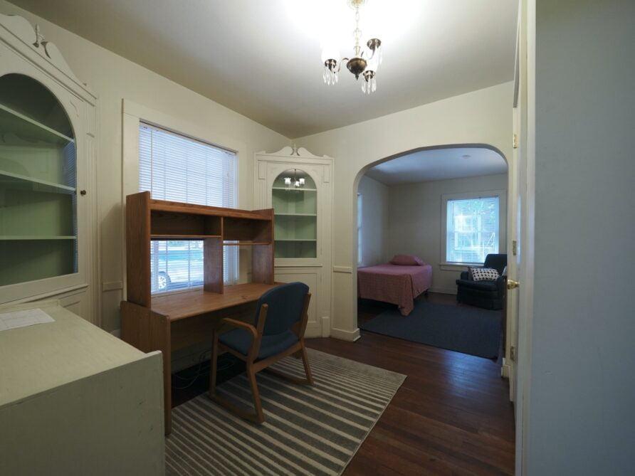 333 Room 12-1